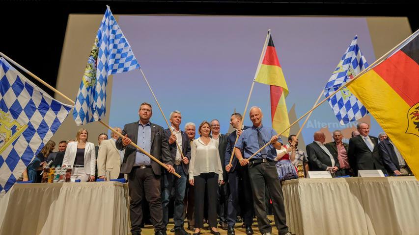 Landesparteitag in Nürnberg: AfD tagte in der Meistersingerhalle