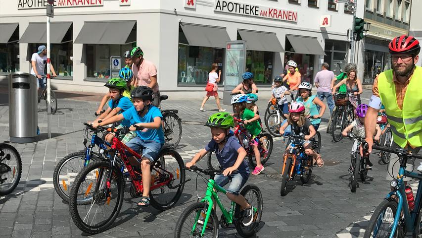 Bei der ersten Bamberger Kinder-Fahrraddemo