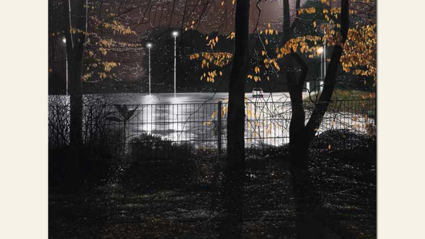 geb. 1958 in Nürnberg lebt in Nürnberg Parkplatz im gefrorenen Regen (2016) 86 x 110 cm Öl auf Holz