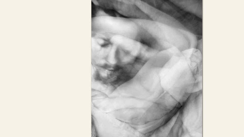 geb.1989 in Demmin lebt in Nürnberg Schlaf 1 (2014) 110 x 72 cm Chronografische Zeichnung ebenfalls gezeigt: Schlaf 2 (2014) 110 x 72 cm Chronografische Zeichnung ebenfalls gezeigt: Schlaf 3 (2014) 110 x 72 cm Chronografische Zeichnung