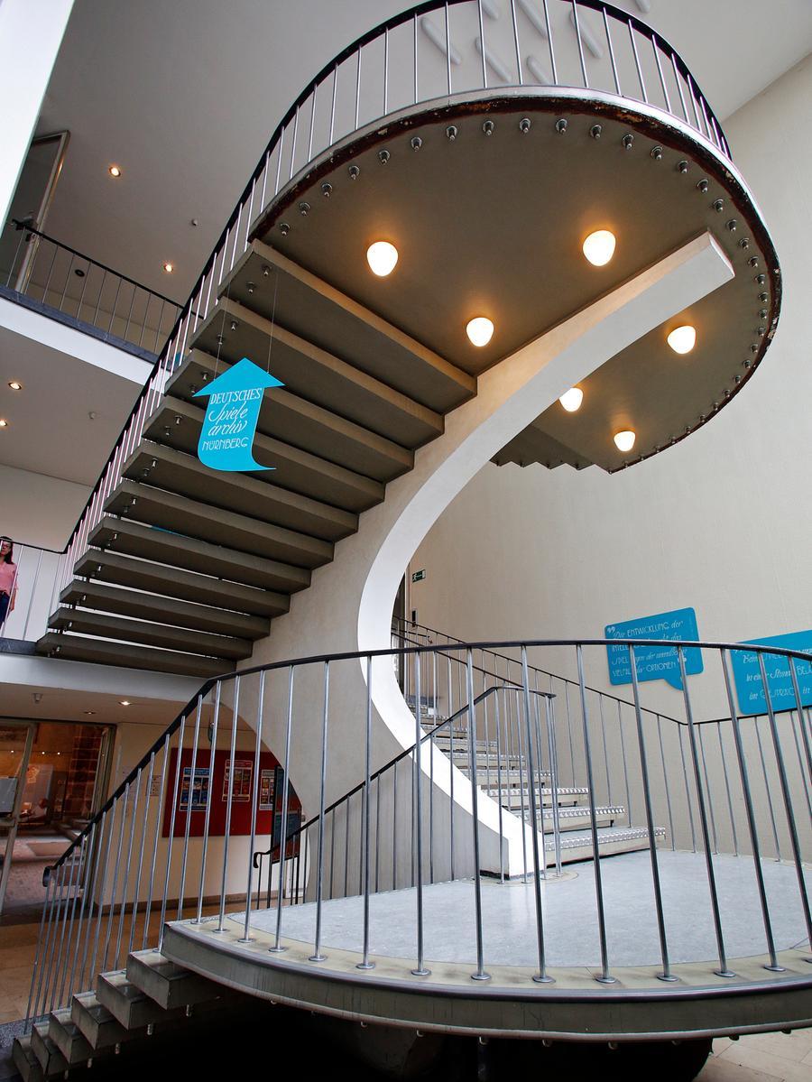 Wie eine Skulptur: Das Haupttreppenhaus.