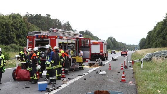 Mann stirbt bei schwerem Unfall auf der A6 nahe Ansbach