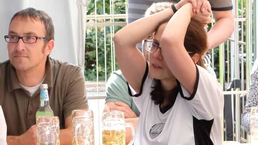 Motiv: 3. WM-Spiel Deutschland-Südkorea..Public Viewing bei der Consors-Bank.. ....Datum: 27.06.2018.. ..Fotograf: Roland Fengler....Ressort: Lokales ....Exklusiv