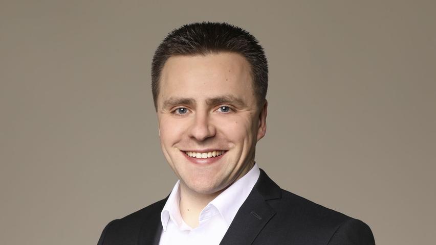 CSU-Politiker Andreas Schalk gewinnt die Auszählung im Stimmkreis Ansbach-Nord. Der Dipl-Betriebswirt (BA) erhielt 31,75% der Stimmen und landete mit großem Vorsprung vor seinen Mitbewerbern auf dem ersten Platz.