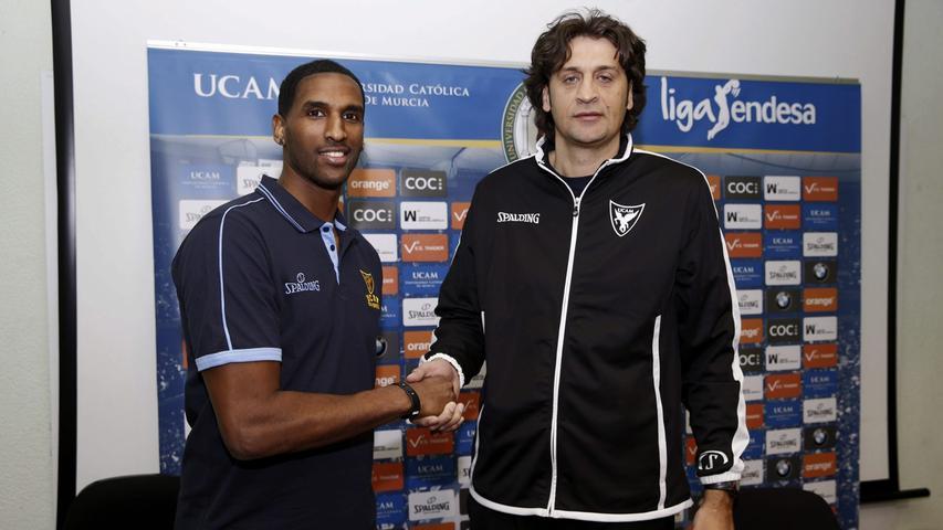 Die Position des ersten Assistant Coaches wird ebenfalls neu besetzt. An Bagatskis´ Seite steht zukünftig der Argentinier Marcelo Nicola. Beide haben bereits erfolgreich zusammen gearbeitet.