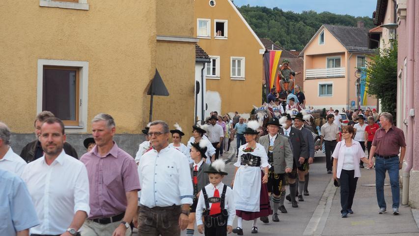 Bieranstich Volksfest Treuchtlingen Foto: Benjamin Huck