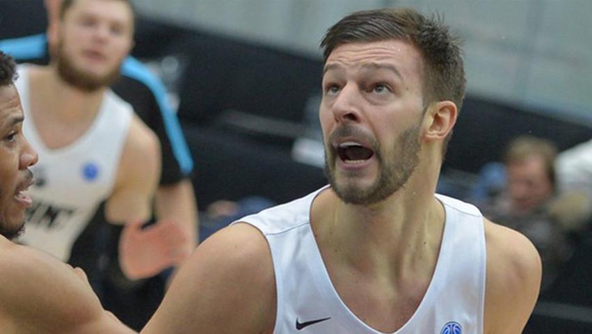 Stefan Jelovac ist der zweite prominente Neuzugang für das BBL- und Champions League-Team der Oberfranken. Der serbische Nationalspieler stößt aus dem russischen Novgorod zum Bagatskis-Team. In der VTB United League legte der Forward durchschnittlich 20 Punkte auf und griff sieben Rebounds ab. Im FIBA Europe Cup war er für 16 Zähler gut und schnappte sich ebenfalls im Schnitt sieben Abpraller.