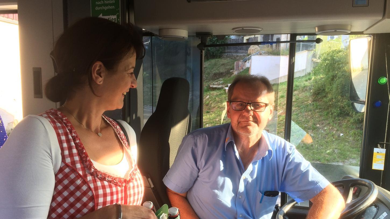 Der Busfahrer bekommt sein