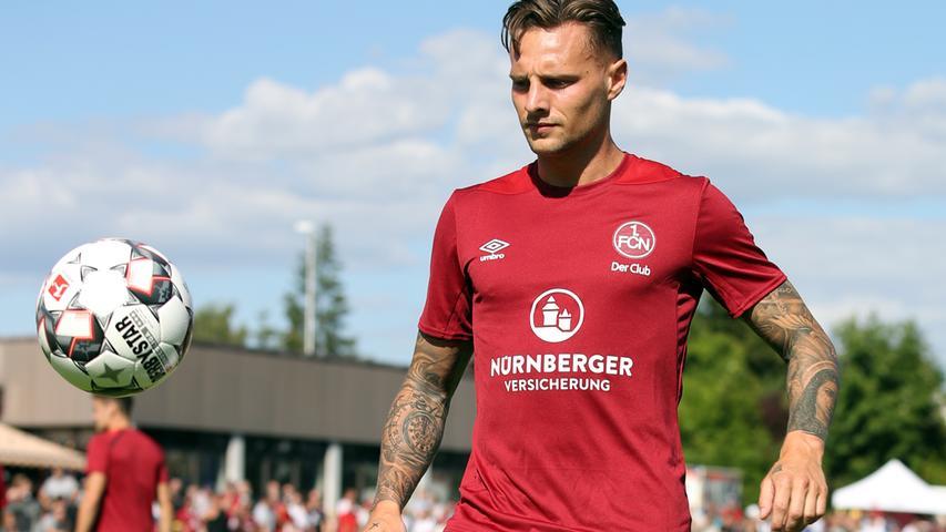Mehr als 80 Spiele im Deutschen Profifußball hat Robert Bauer bereits absolviert, zarte 23 Jahre ist der Badener gerader mal alt.
