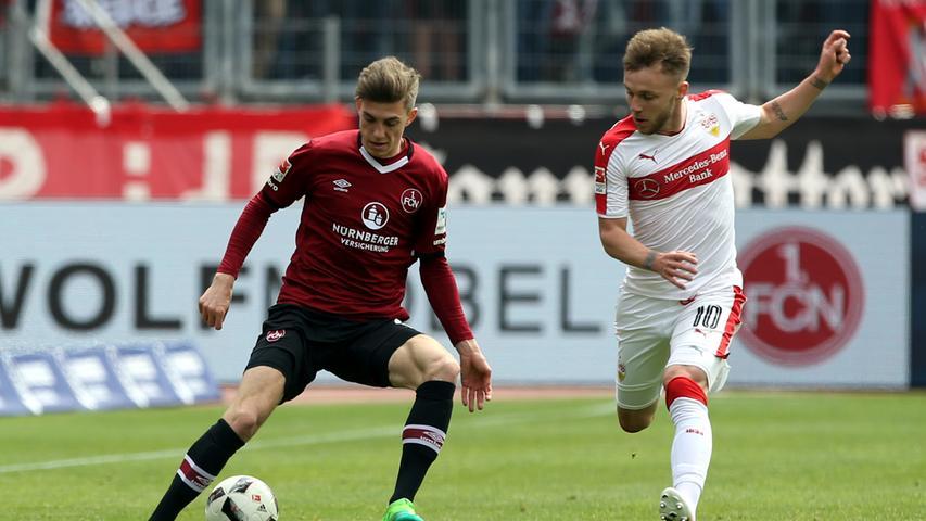 In der Saison 2016/17 war Lucas Hufnagel schon einmal beim 1. FC Nürnberg, ausgeliehen vom SC Freiburg legte er dort zehn ordentliche Einsätze hin und seine Visitenkarte auf den Tisch von Andreas Bornemann. Der Club-Kaderplaner zögerte nicht lange und verlängerte das Leihgeschäft um ein weiteres Jahr.