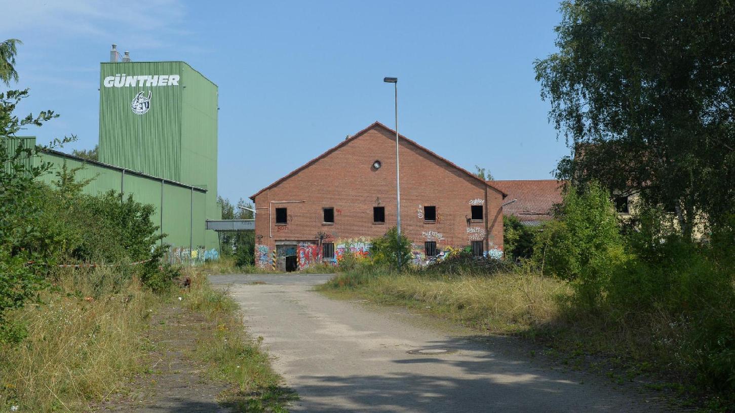 """Auf dem ehemaligen Gelände der Firma Günther in Eltersdorf (Bild) passierten """"kriminelle Dinge"""", beklagt der Ortsbeiratsvorsitzende Wolfgang Appelt."""