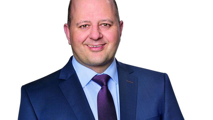 Im Stimmkreis Bamberg-Land entfielen 45,99% der Stimmabgaben auf Holger Dremel, dem Kandidaten der CSU. Der Polizeihauptkommissar hat somit das Ticket für den Einzug in den Landtag gelöst.