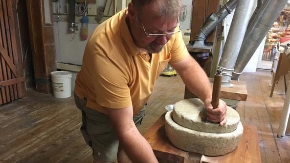 Genuss in Gustenfelden: Wanderreporter Bernd in der Mühle