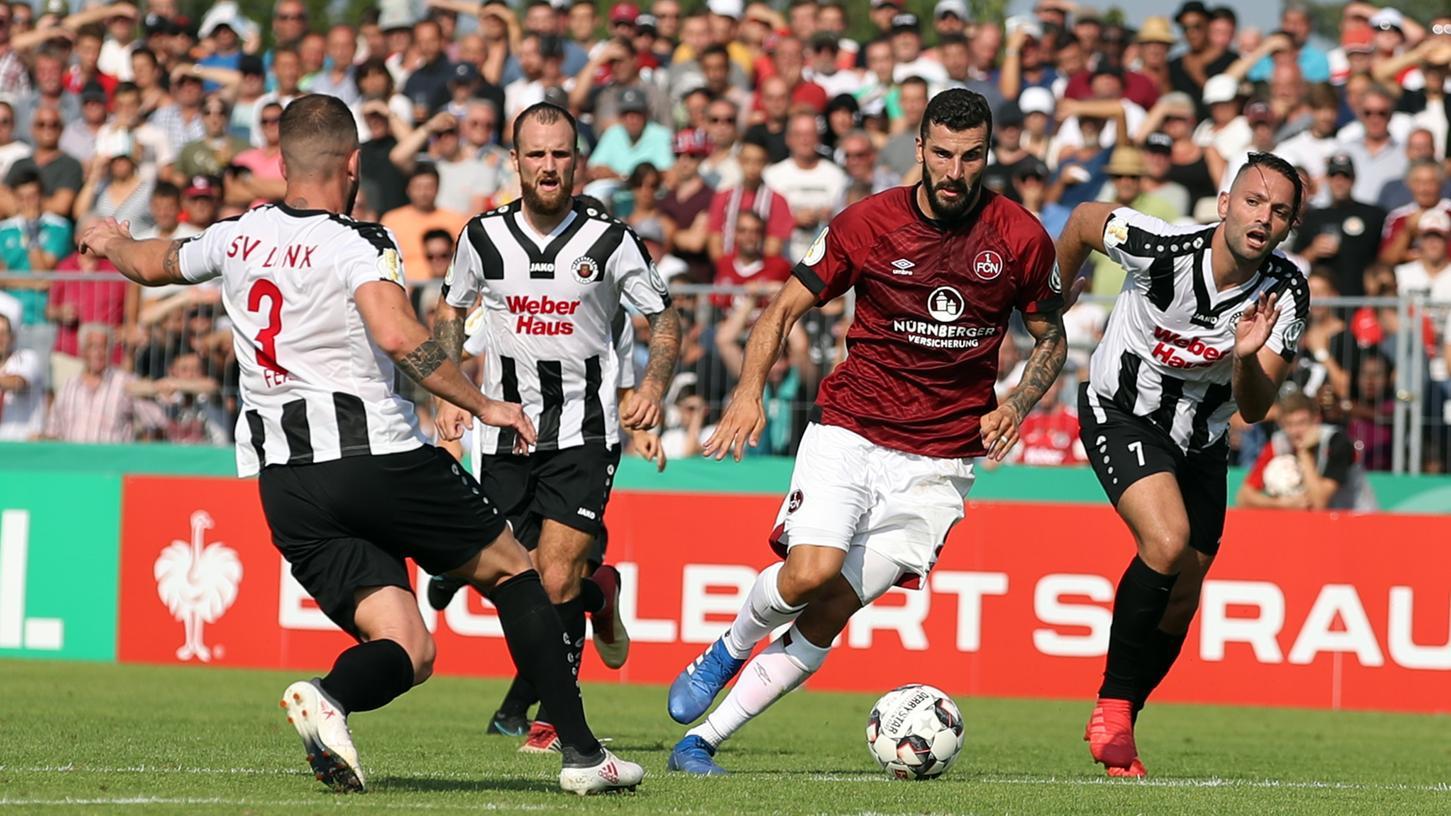 Ein Doppelpacker zur rechten Zeit: Die beiden Treffer von Mikael Ishak retteten den 1. FC Nürnberg am Samstag vor einer Pokal-Blamage.