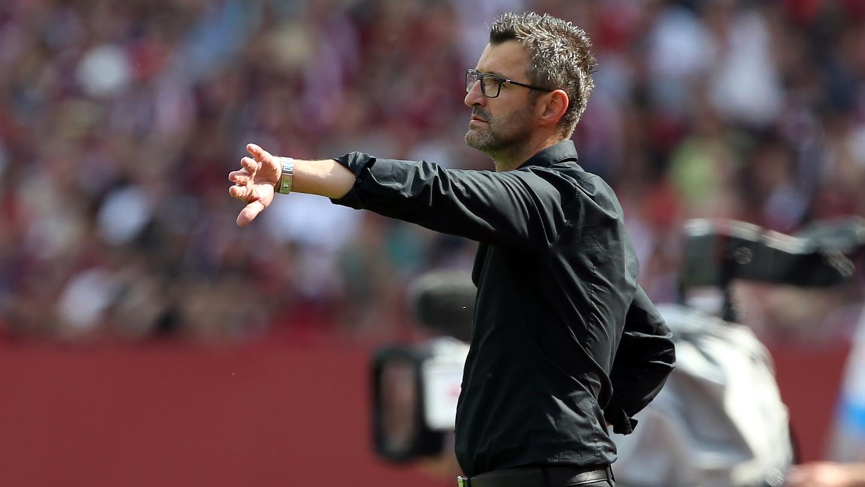 Steht am Samstag zum ersten Mal in seinem Leben in der Bundesliga an der Seitenlinie: Club-Coach Michael Köllner.