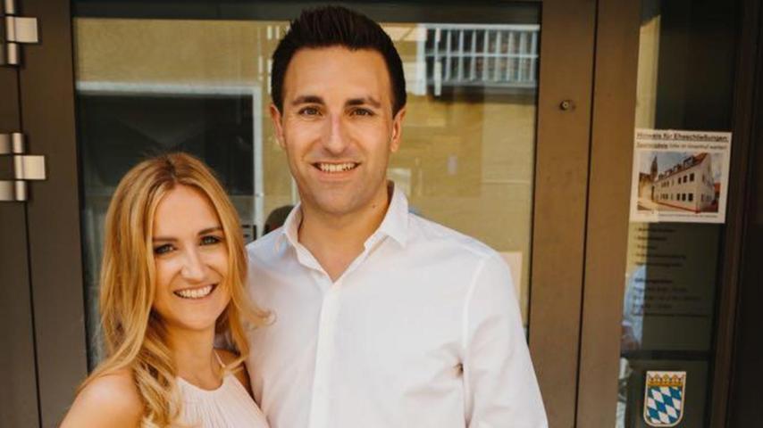 Nach 15 Jahren haben im Neumarkter Bürgerhaus Bettina Bogner (32) aus Pölling und der 36-jährige Andreas Fersch aus Waltersberg (Deining) zueinander