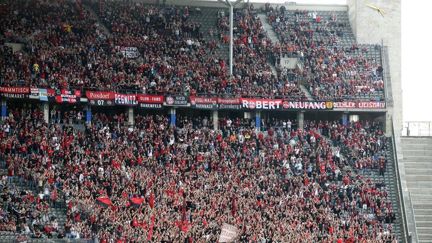 1568 Tage, vier schwere Spielzeiten in der 2. Bundesliga - und jetzt ist der Club endlich wieder oben. Nach dem grandiosen Aufstieg ist der 1. FC Nürnberg am Samstag in der Hauptstadt zu Gast. Das Olympiastadion - ein durchaus würdiger Ort für die FCN-Rückkehr ins Oberhaus.