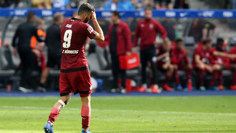 Ärgert sich über die vertane Chance: Club-Stürmer Mikael Ishak.