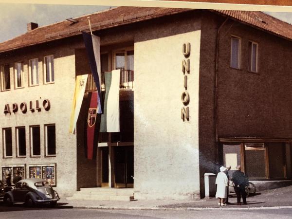 Ein Bild aus dem Privatarchiv der Familie Dengler zeigt eine alte Ansicht des Kinos. Aus welchem Jahr sie stammt, ist unbekannt.