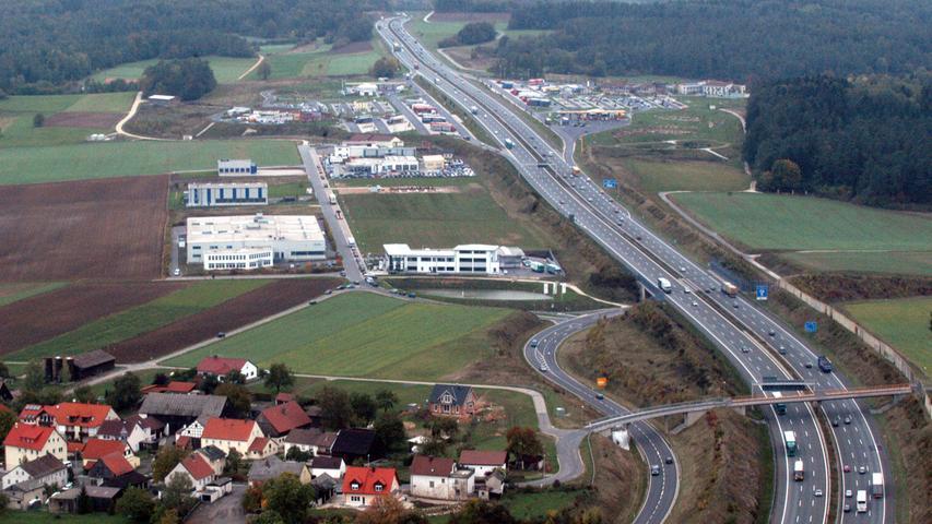 An der A9 beim Pegnitzer Ortsteil Neudorf (Landkreis Bayreuth) entstand eine der modernsten Rastanlagen ganz Europas.