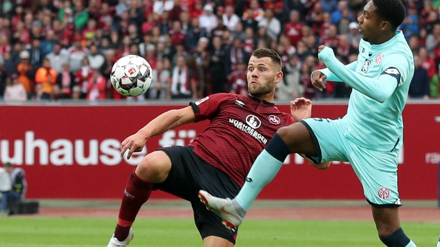 Beim 1. FC Nürnberg hat Eduard Löwen nach diversen Verletzungen einen schweren Stand, in der U21 des DFB dürfte er gesetzt sein.