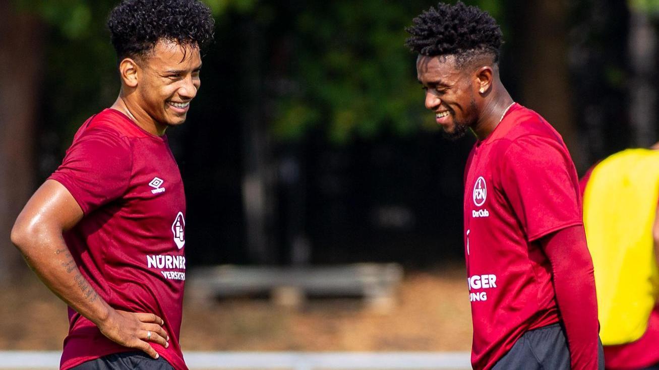 Matheus Pereira (links) und Virgil Misidjan sollen das Flügelspiel beim 1. FC Nürnberg in Zukunft antreiben. Ob es ihnen gelingt?