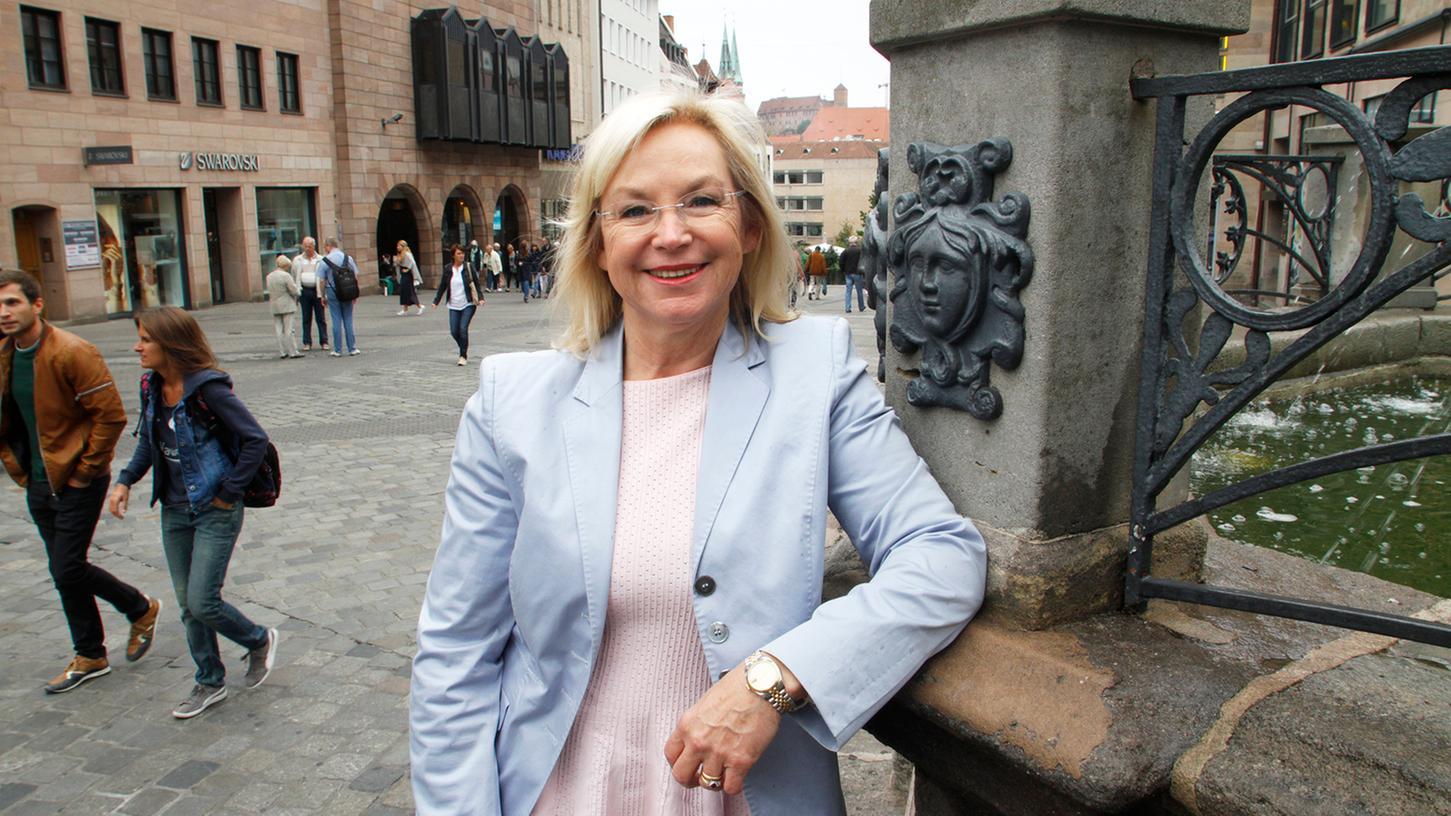 Barbara Regitz sitzt seit 22 Jahren im Stadtrat. Jetzt möchte sie sich im Landtag für ihre Stadt einbringen.