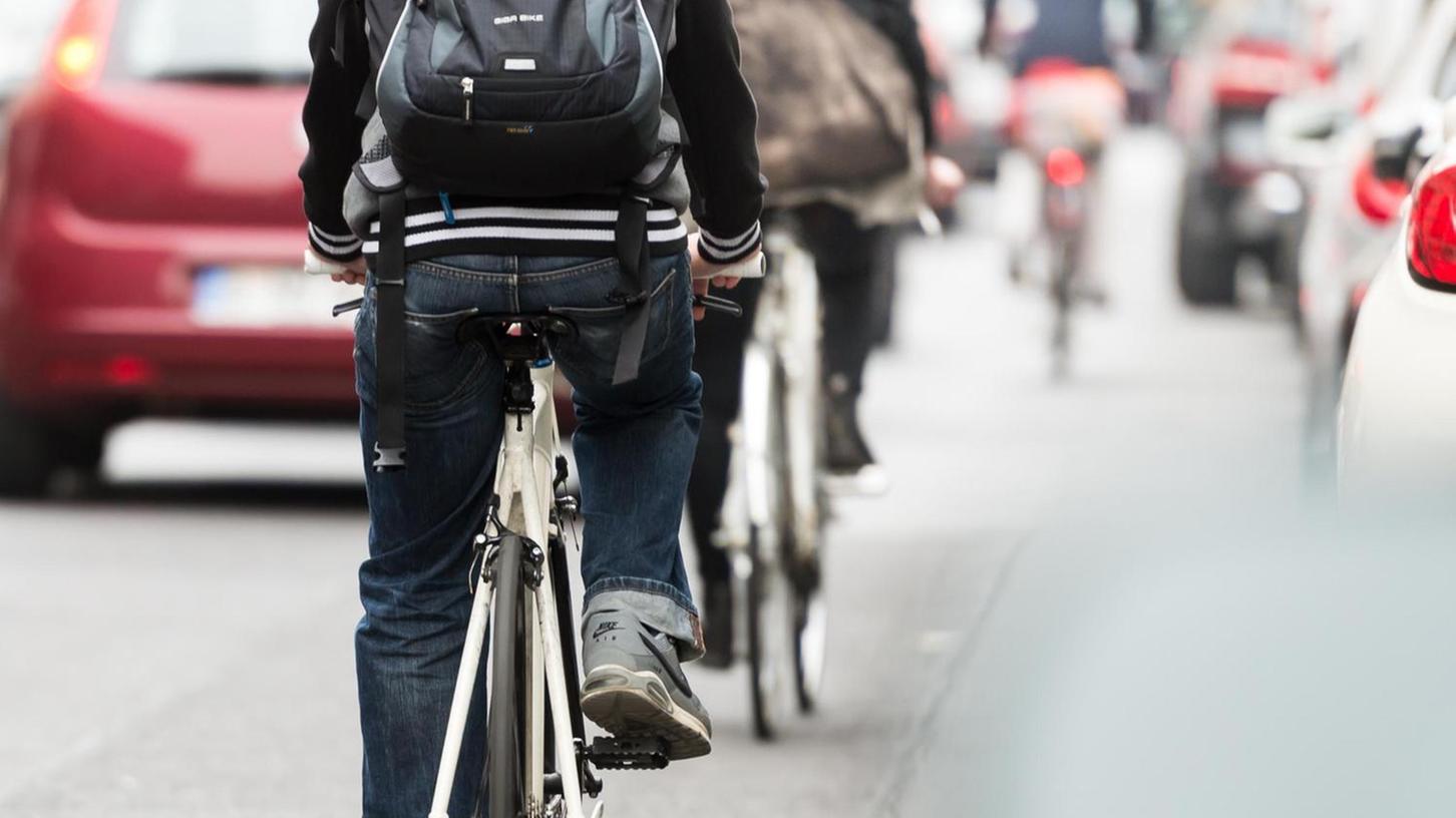 Radfahrer sollen jetzt mehr Freiheiten auf der Straße erhalten: Einbahnstraßen in Gegenrichtung befahren ist einer der Antragsforderung der SPD-Stadtratsfraktion.