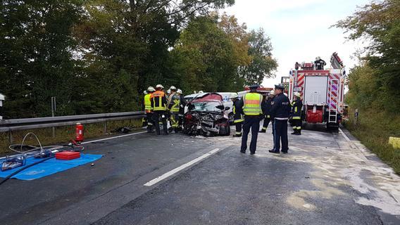 Schwerer Unfall: Vier Verletzte bei Kollision in Bräuersdorf