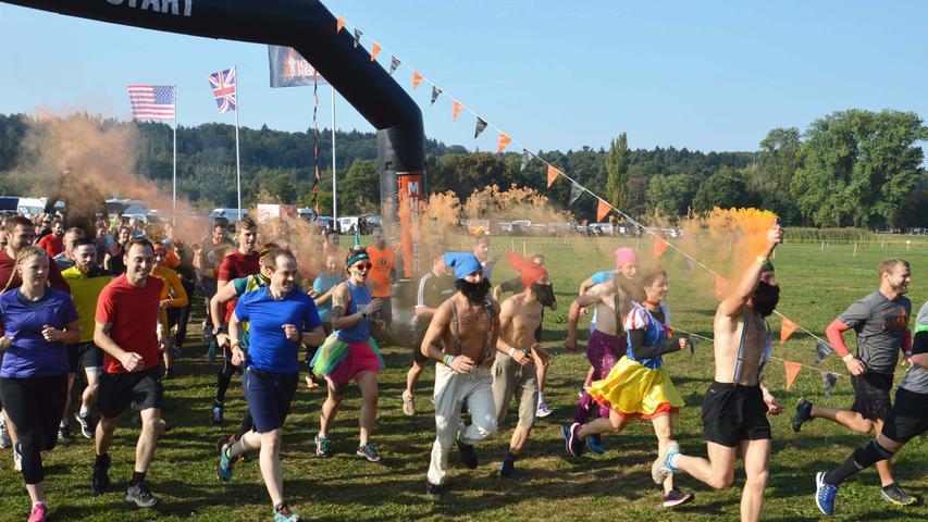 """Foto: Peter Tippl Motiv: Tough Mudder 2018 Wassertrüdingen Datum: 9/18 Als neues Hindernis war """"Kong-Infinity"""" auf der Strecke im Oettinger Forst platziert"""