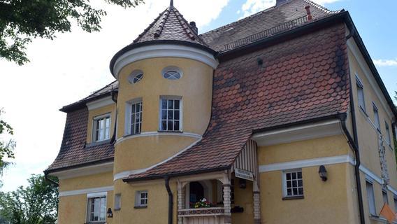 Was mit dem Kuratenhaus Heroldsbach passiert