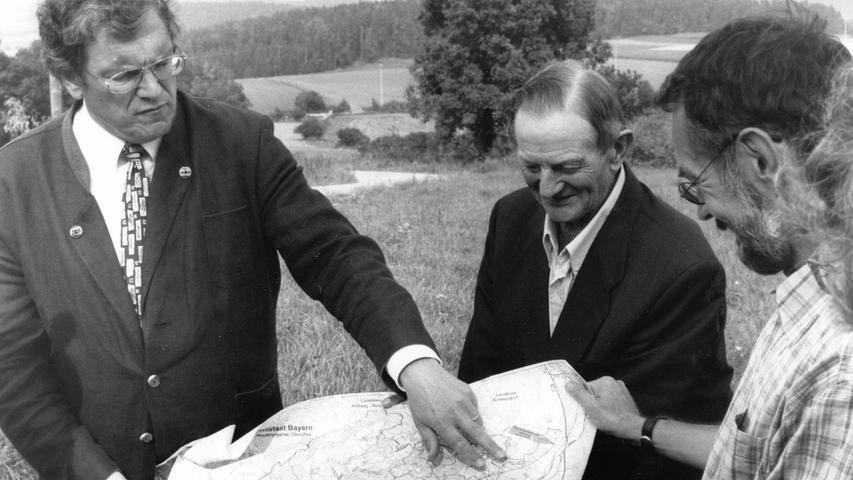 Der Bund Naturschutz mit seinem Vorsitzenden Hubert Weiger kämpfte gegen diesen Ausbau zwischen Amberg und Tschechien - letzlich aber ohne Erfolg.
