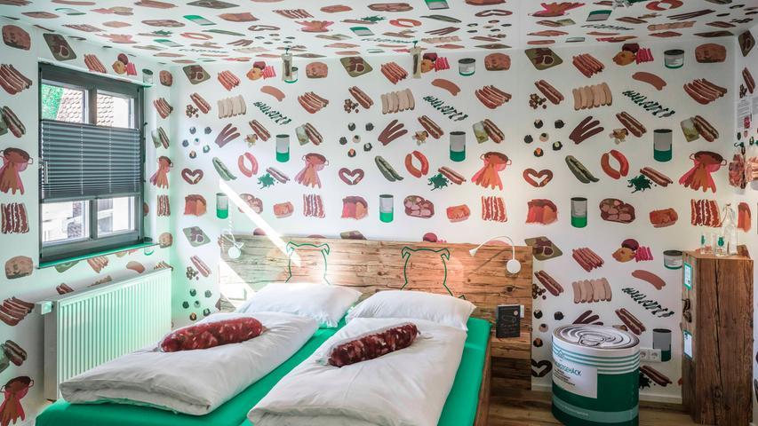 Es geht um die Wurst: Frankens erstes Bratwursthotel hat eröffnet