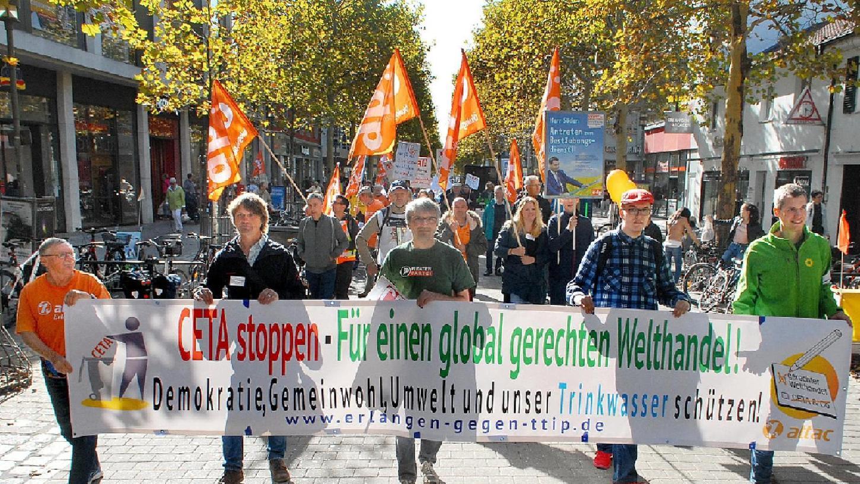 Vereint gegen Freihandelsabkommen: Protest gegen CETA.