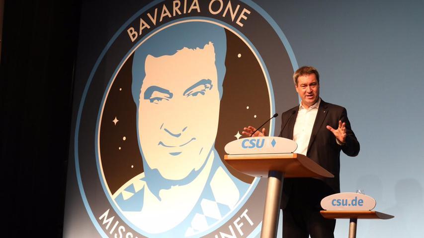 Kurz vor der Landtagswahl präsentiert Markus Söder die Weltraummission