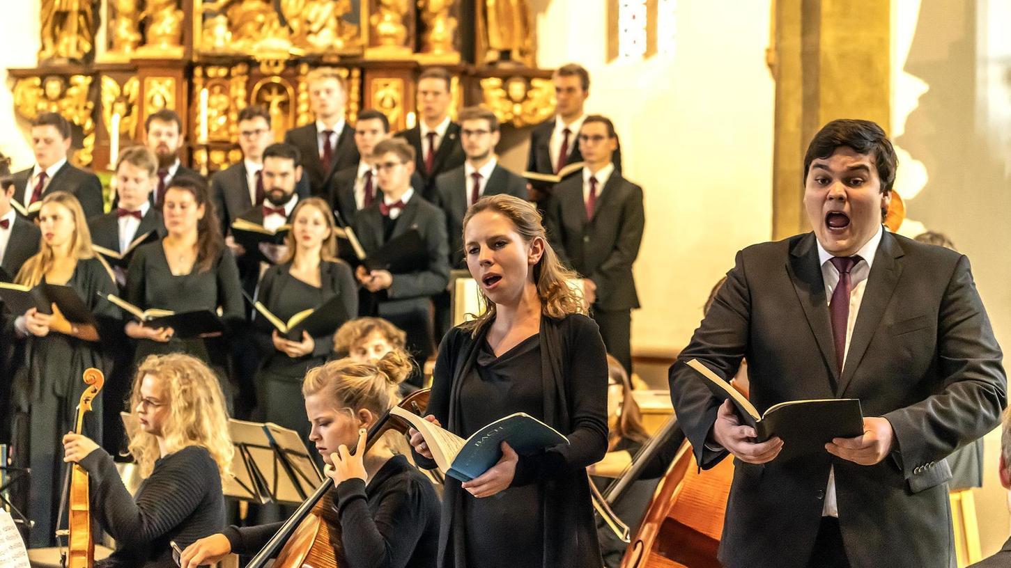 """Agierte mit lässiger Eleganz, Wahrhaftigkeit und Souveränität: Die zum Kammerensemble gewachsene Formation """"Sonat Vox"""" im Konzert."""