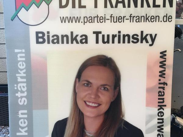 Die Partei für Franken – hier das Plakat von Direktkandidatin Turinsky – tritt nur in zwei Regierungsbezirken an.