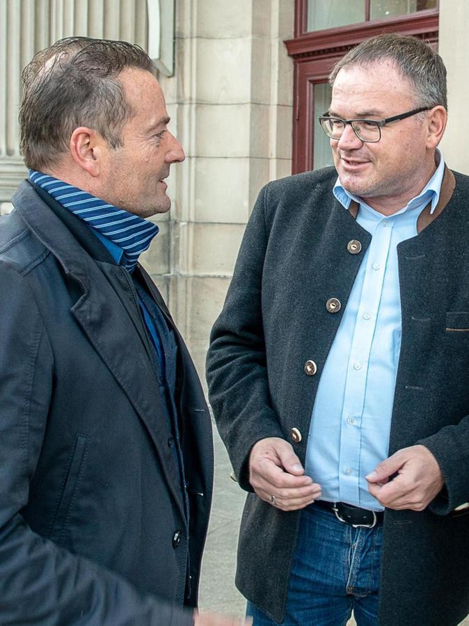 Michael Maderer (re.), hier mit einem Parteifreund, gewann erneut das Direktmandat.