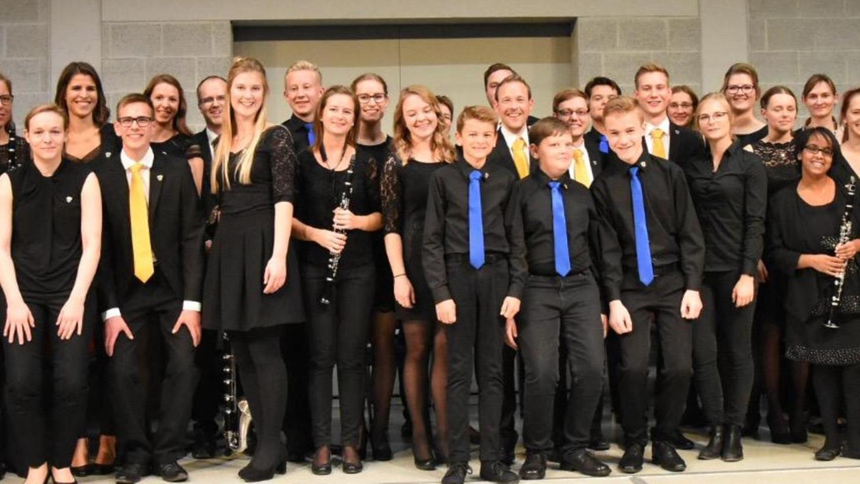 Rund 50 Musiker standen beim Solisten- und Ensemblekonzert des Musikvereins Forchheim-Buckenhofen in der Aula des Herder-Gymnasiums auf der Bühne und servierten spannende Werke vom Barock bis zur Neuzeit.