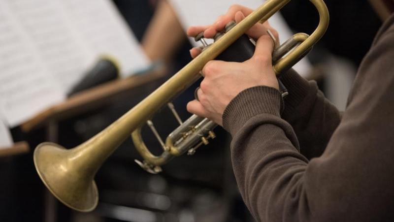 Musiker sind dazu aufgerufen, am Sonntagabend zu ihren Instrumenten zu greifen und die