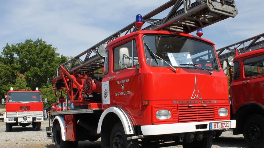 Im Bayreuther Feuerwehrmuseum wird eine richtige Rarität für die Nachwelt aufbewahrt: Eine über Handkurbeln betriebene Drehleiter des Typs Magirus-Deutz