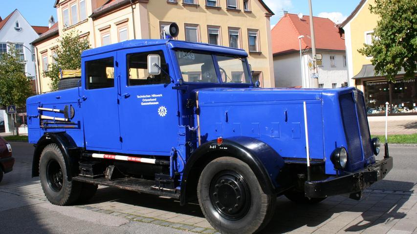 Ein schon in den 1940er-Jahren nicht ganz alltägliches Fahrzeug komplettiert bis heute den Fuhrpark des THW-Ortsverbands Gunzenhausen: Eine FAUN-Zugmaschine vom Typ