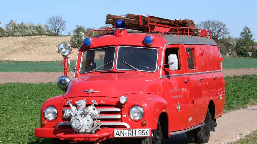 Dieses anno 1956 von der Adam Opel AG gebaute Löschgruppenfahrzeug
