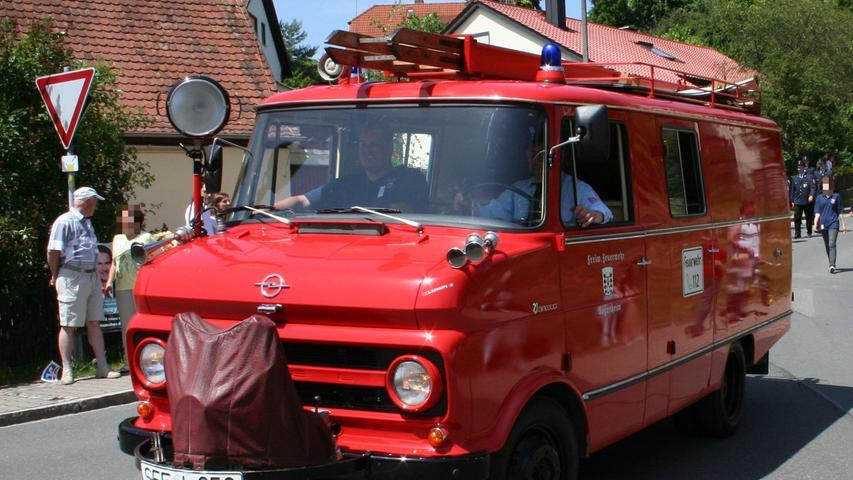 Der Oldtimer der Feuerwehr Sugenheim im Ehegrund hört auf den schönen Namen