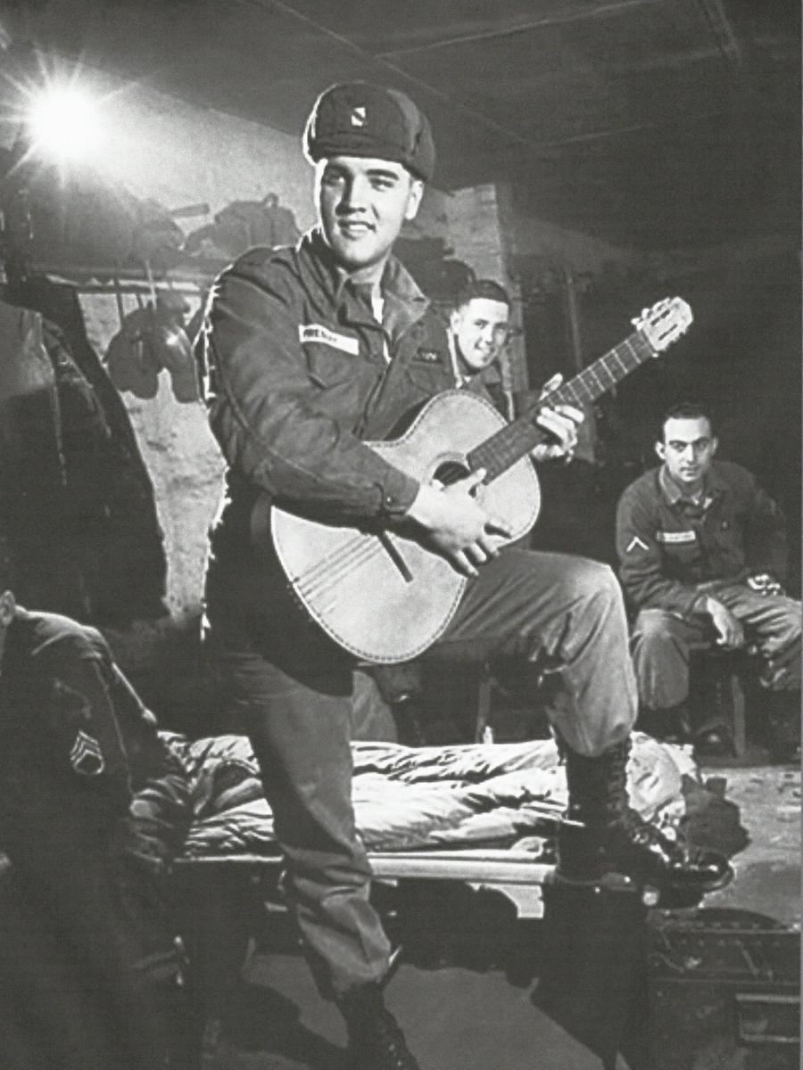 Elvis Presley im Camp Algier in der Oberpfalz Ende der Sechziger Jahre.