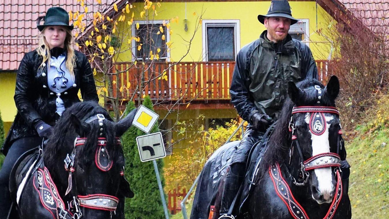 Für den Martini-Ritt werden die Pferde wieder prächtig herausgeputzt. Der Umritt beginnt am Sonntag um 14.15 Uhr.
