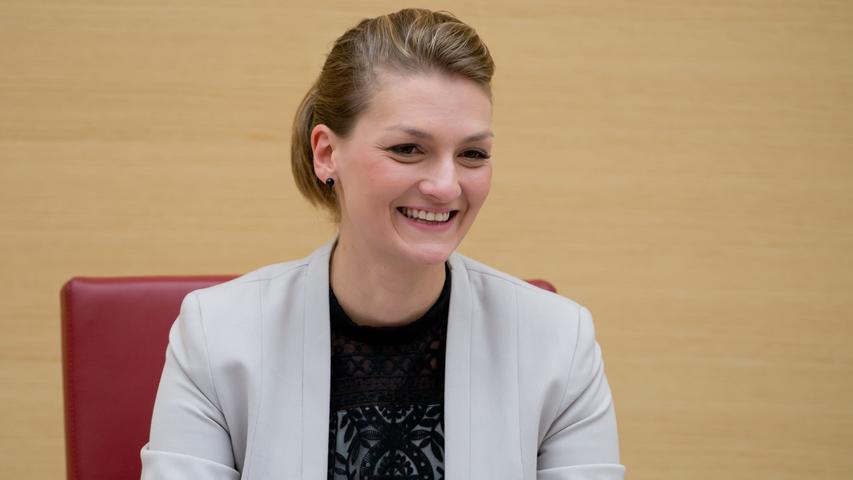 Söders Auserwählte für das Ministerium Digitales ist Judith Gerlach. Sieist seit 2002 Mitglied der CSU und der Jungen Union.