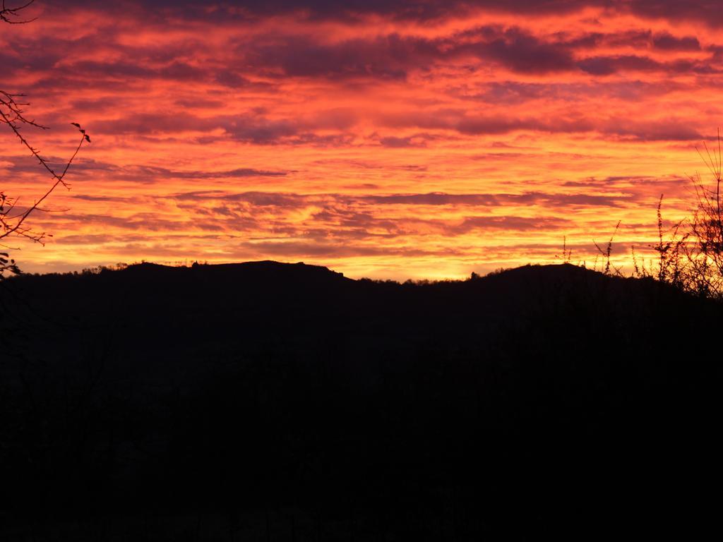 Sonnenaufgang über dem Walberla..Foto: Martin Regner