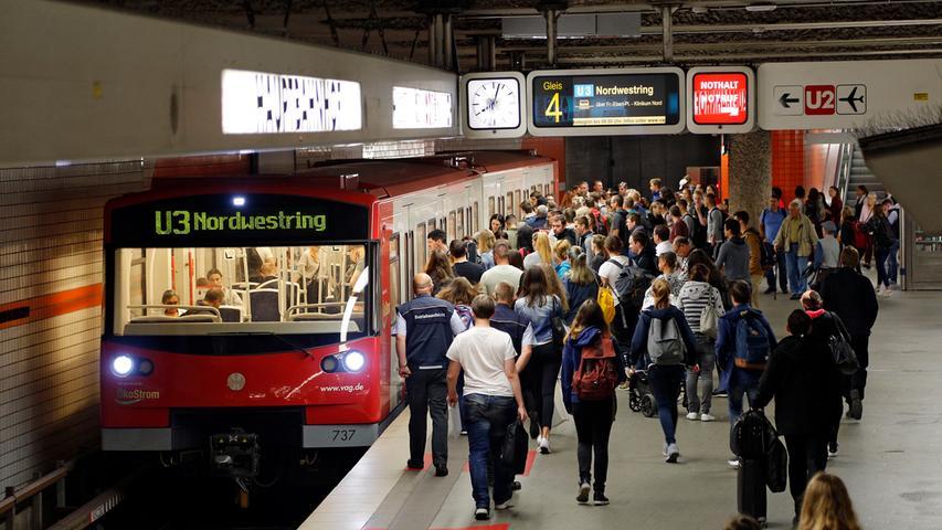 In Nürnberg werden 41 km U-Bahn-Netz befahren. Durchschnittlich kostet ein Kilometer Tunnel (ohne Bahnhof) 37 Millionen Euro.