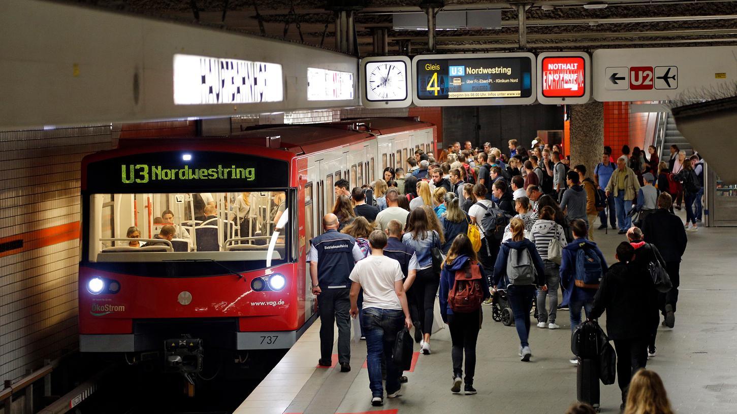 Es wird enger in Nürnbergs U-Bahnen - sie sind ein Treiber für die Mobilitätswende, sagen Experten jetzt.